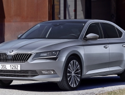 Skoda Superb 2015 wallpaper