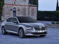 Skoda Superb 2015 hd desktop