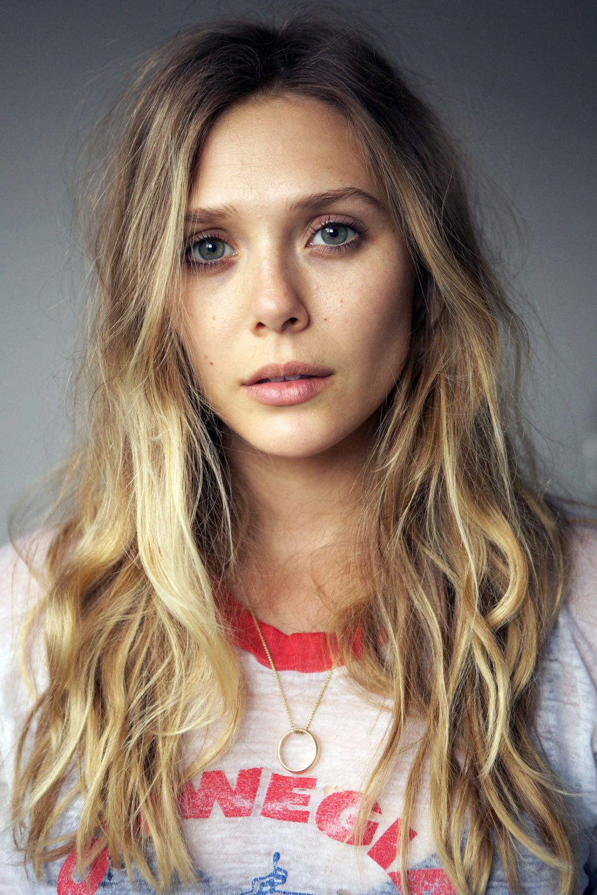 Elizabeth Olsen Free HD Wallpapers Download