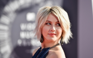 Julianne Hough desktop