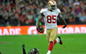 Vernon Davis background