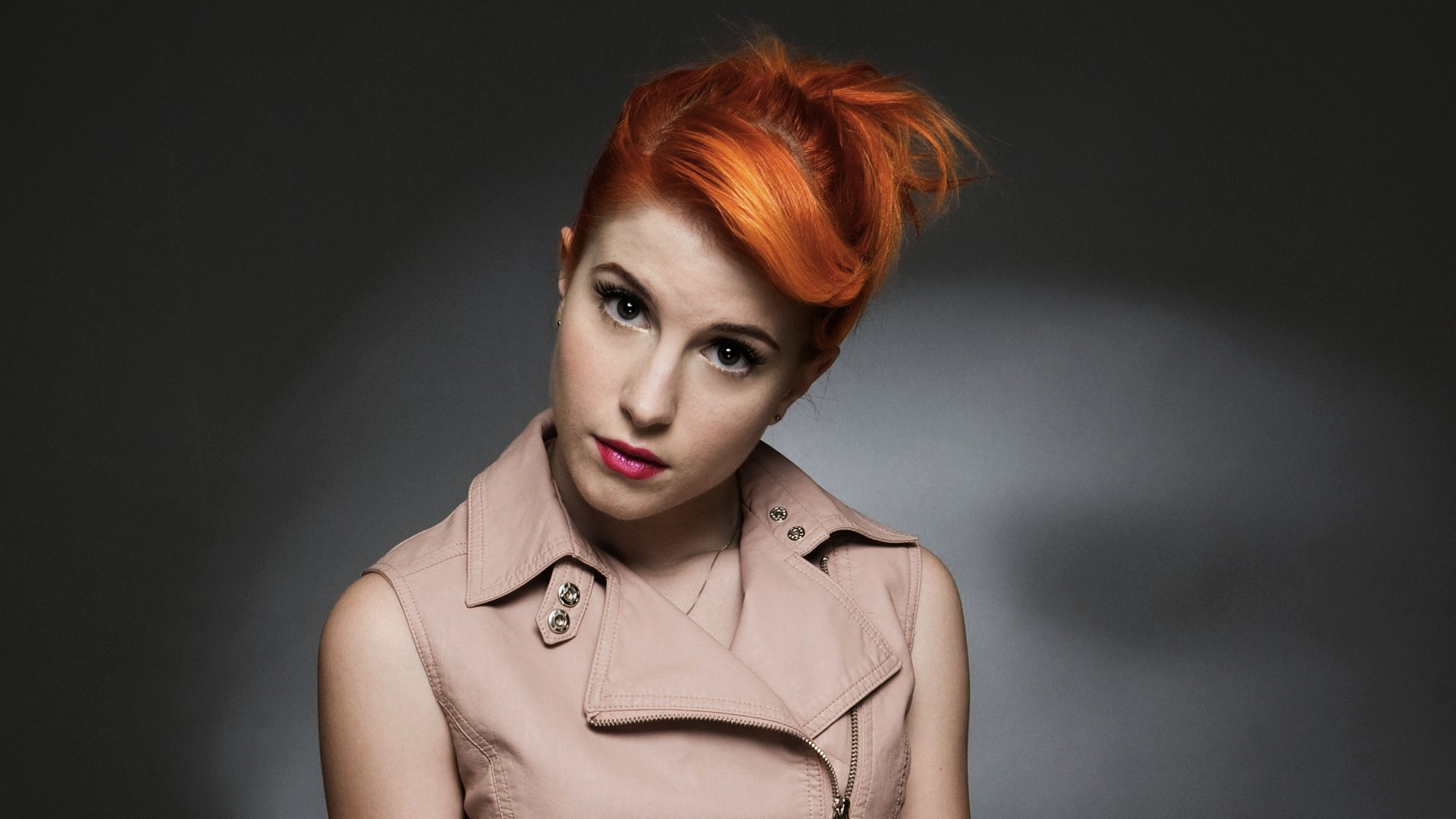 Hayley Williams Free HD Wallpapers & Background Download