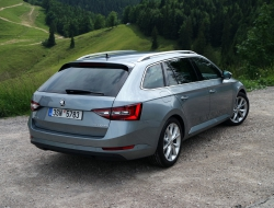 Skoda Superb Combi wallpapers hd