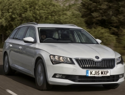 Skoda Superb Combi hd wallpaper