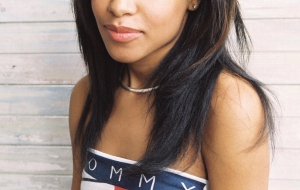 Aaliyah High Quality Wallpapers for iphone