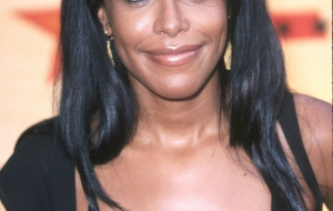 Aaliyah iphone sexy Wallpapers