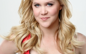 Amy Schumer Desktop for iphone