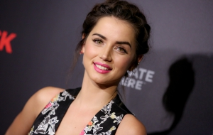 Ana de Armas Photos