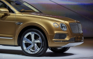 Bentley Bentayga 2016 Pictures