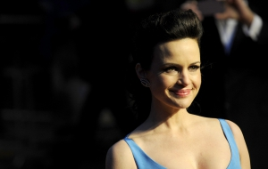 Pictures of Carla Gugino