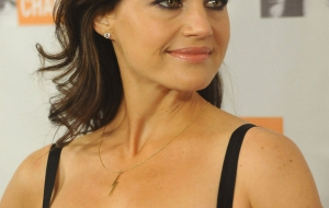 Carla Gugino iphone sexy Wallpapers