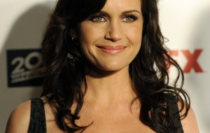 Carla Gugino Desktop for iphone
