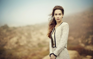 Emilia Clarke Wallpapers and Backgrounds