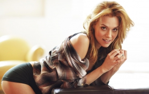 Hilarie Burton HD photos