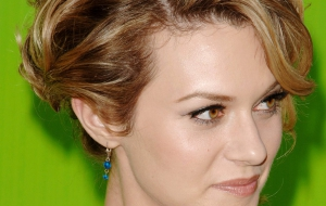 Hilarie Burton High Quality Wallpapers for iphone
