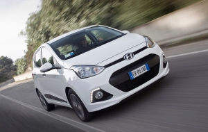 Hyundai i10 Photos