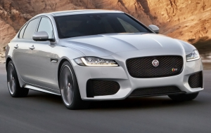 Jaguar XF 2015 Wallpapers