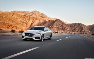 Jaguar XF 2015 New Wallpapers