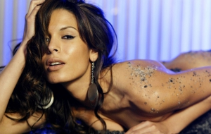 Nadine Velazquez PC Wallpapers
