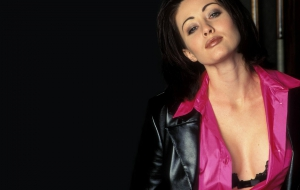 Shannen Doherty Download Free Backgrounds HD
