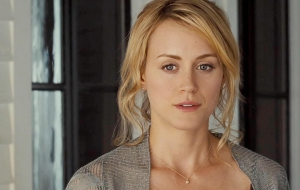 Taylor Schilling HD Wallpaper