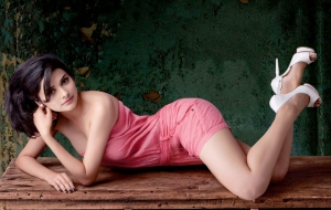 Prachi Desai High Quality Wallpapers