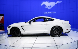 Ford Mustang Shelby GT350 2016 HD Wallpaper