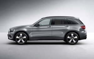 Mercedes-Benz GLC 2016 HD Wallpaper