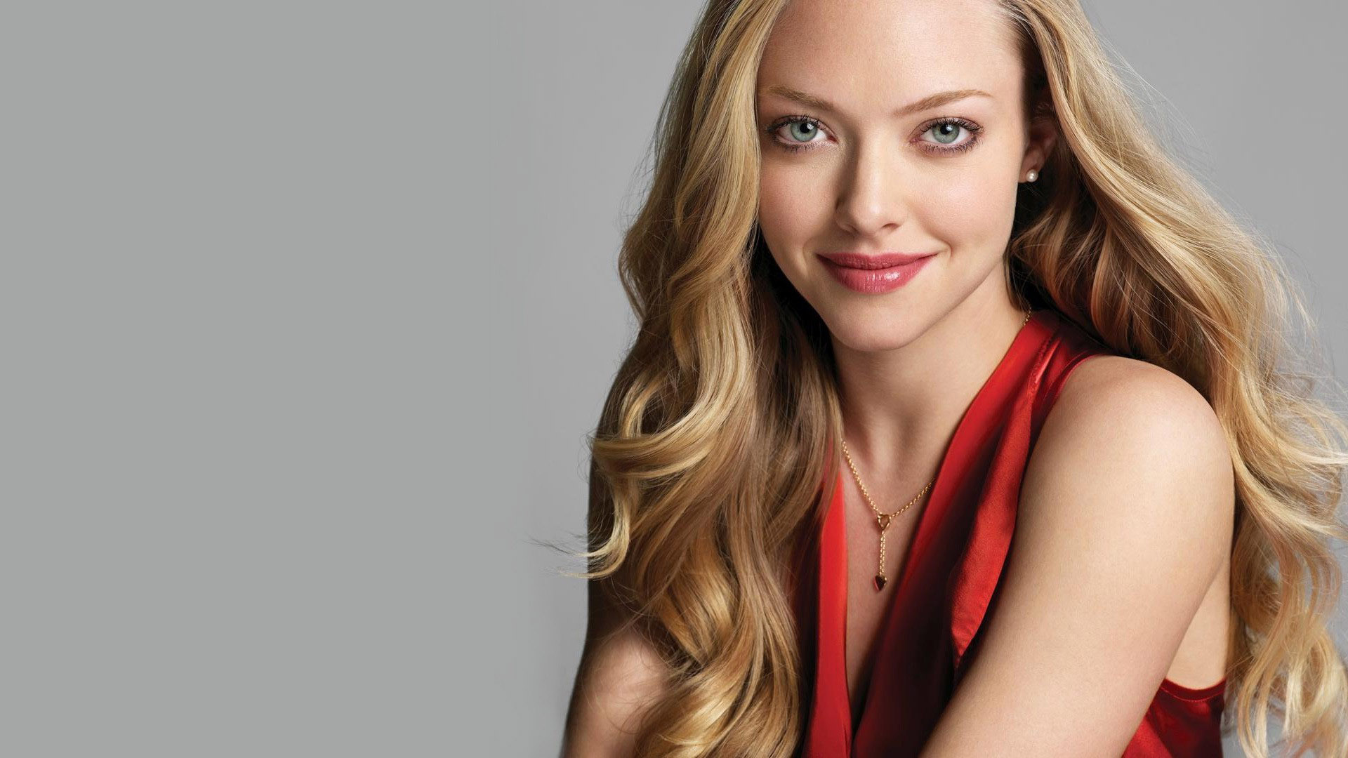 Amanda Seyfried Wallpa...