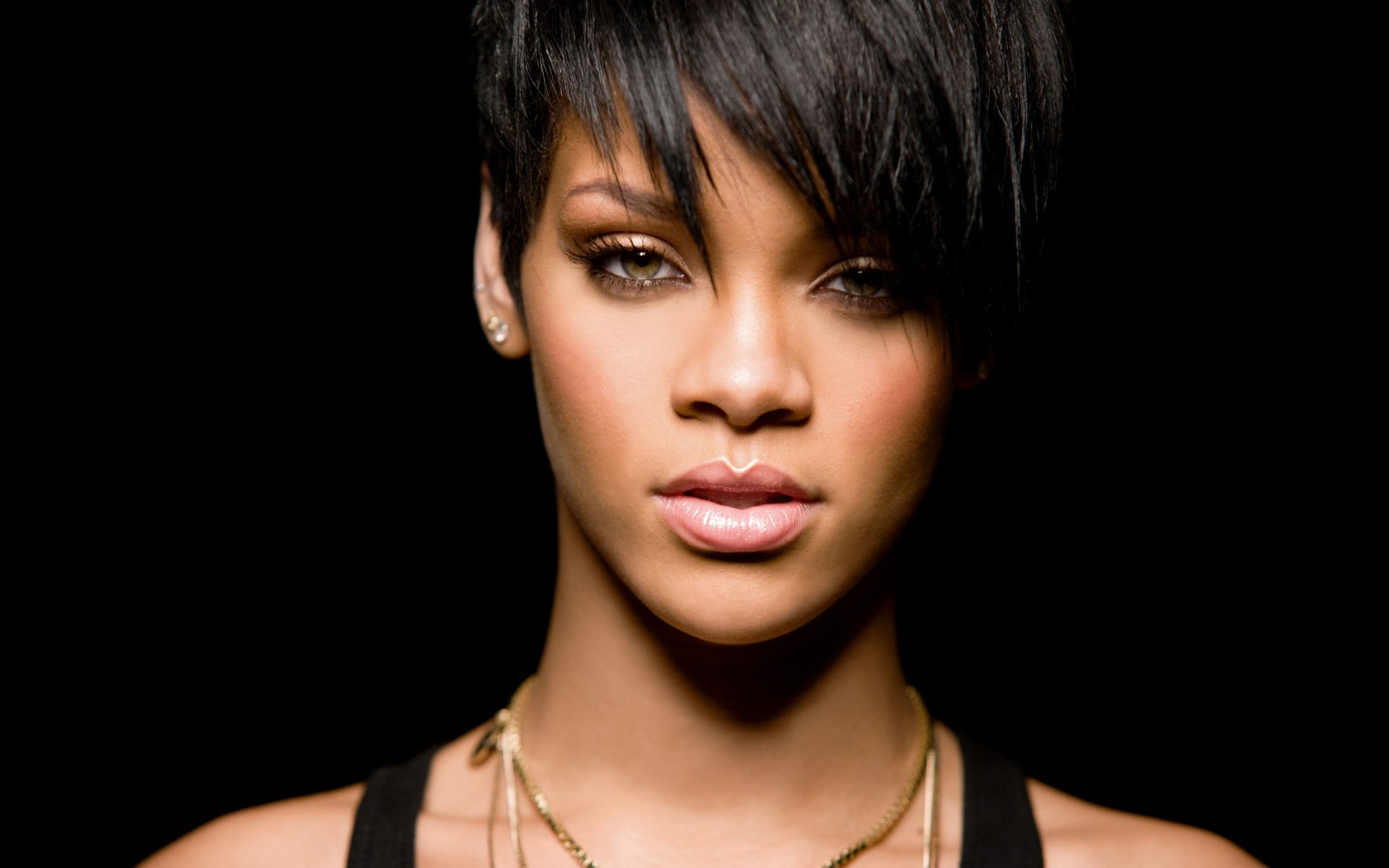 Rihanna Wallpapers High Resolution and Quality Download Rihanna