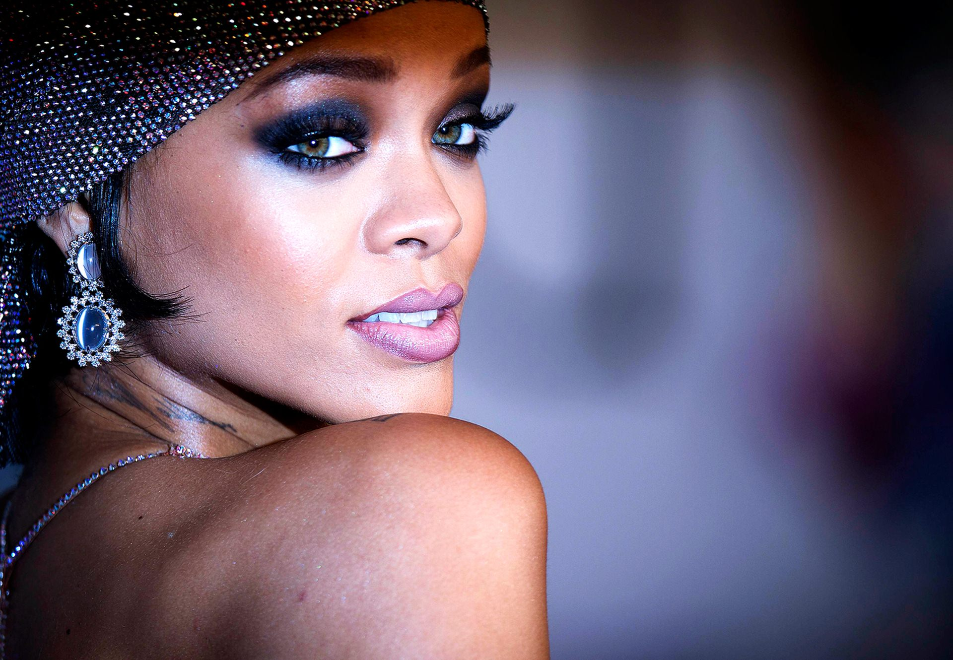 Rihanna wallpapers high resolution and quality download for Look wallpaper