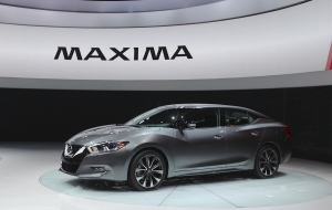 Nissan Maxima 2016 Pictures