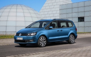 Volkswagen Touran 2016 Photos