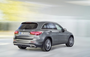 Mercedes-Benz GLC 2016 Photos