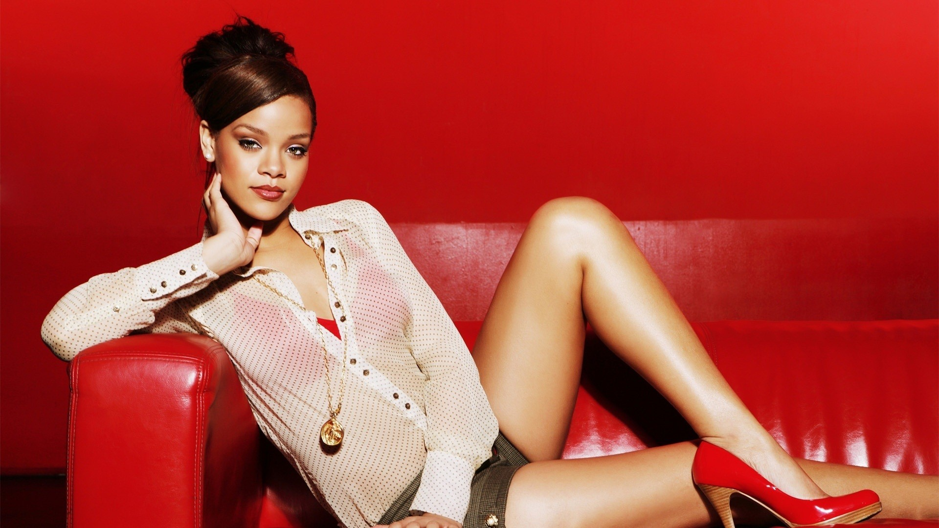 high resolution rihanna nude