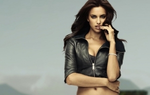 Irina Shayk Widescreen