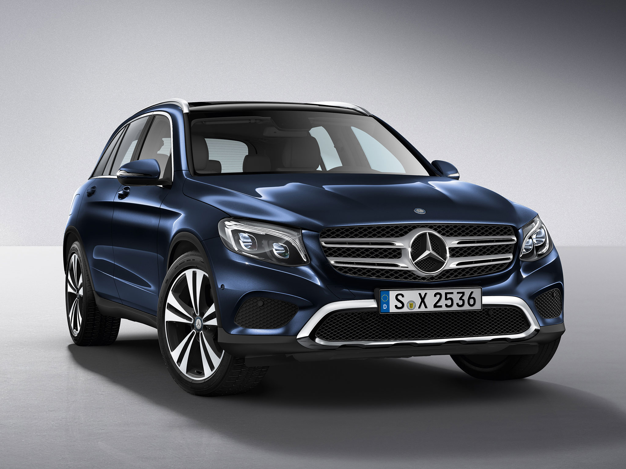 Mercedes benz glc 2016 hd wallpapers free download for Mercedes benz glc