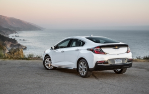 Chevrolet Volt 2016 High Definition Wallpapers