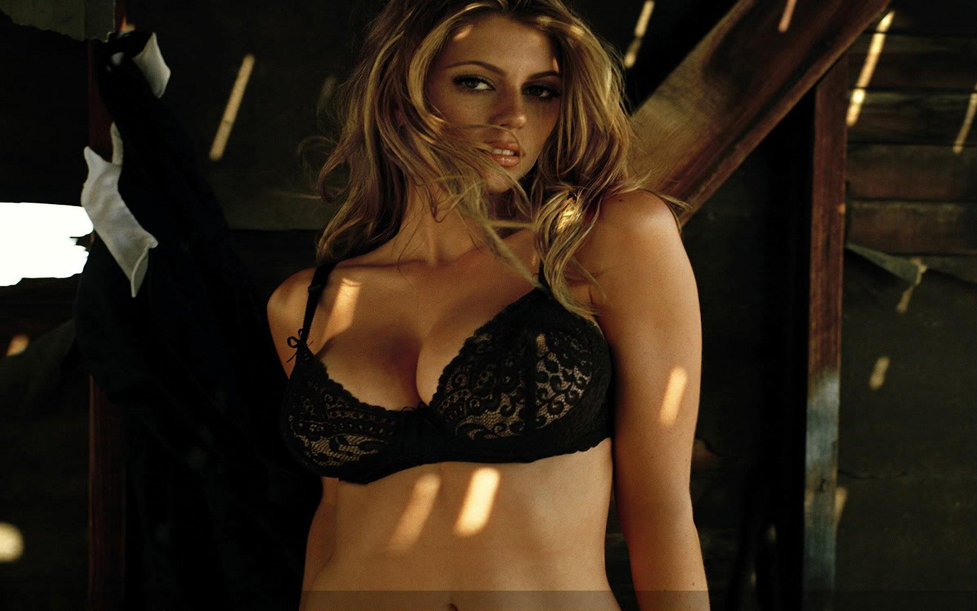 diora baird pic wallpapers - photo #2
