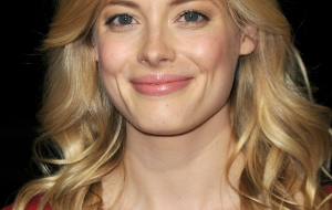 Gillian Jacobs Photos