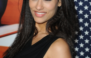 Janina Gavankar HD Background