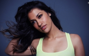 Janina Gavankar HD Wallpaper