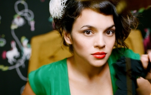 Norah Jones Wallpapers