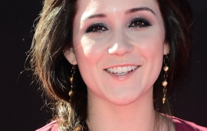 Shannon Woodward HD Desktop