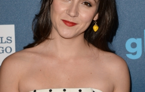 Shannon Woodward HD Background