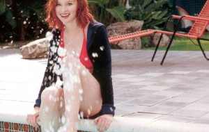 Thora Birch Images