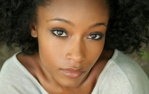 Yaya Dacosta HD Background