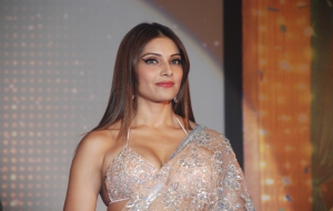 Bipasha Basu High Quality Wallpapers