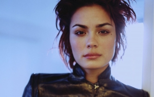 Shannyn Sossamon High Quality Wallpapers