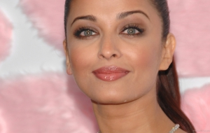 Aishwarya Rai High Quality Wallpapers